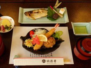 2天竜川沿い食事